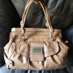 Guess weekend bag, w matching wallet.